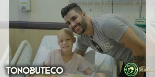 Em Barretos, Gusttavo Lima visita Hospital do Câncer