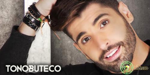 João Gabriel lança clipe do single 'Vem me dar um beijo'
