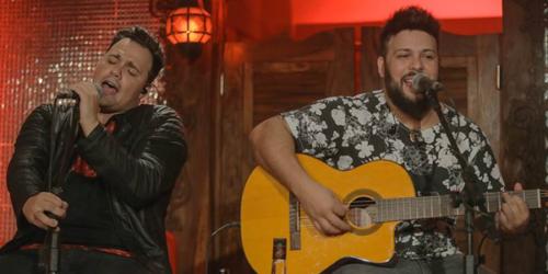 'Sorte Azarada' a nova musica de Gustavo Moura e Rafael, mais uma do 'DVD Casa da Luz Vermelha'