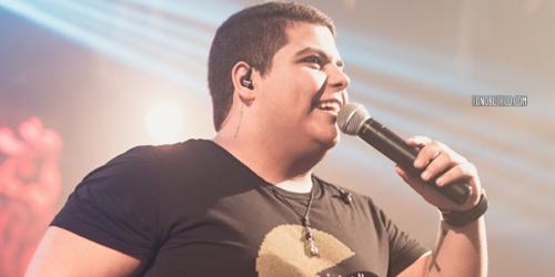 Matheus Souzza divulga mais uma do seu DVD: 'AP Alugado'