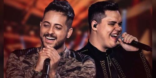 Leandro e Romário lançam DVD 'Nem Precisa de Legenda'