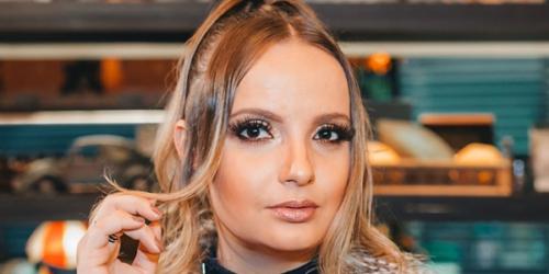 Emy Maziero divulga a música 'Disputa de ego'