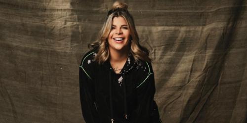 Paula Mattos lança a música 'Namorando Bloqueia'