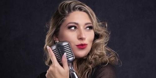 Renata Brazil – Vem fazer amor comigo